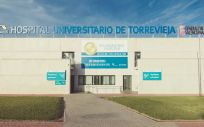 Fachada del Hospital de Torrevieja (Foto. ConSalud)
