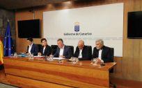 El presidente canario explica en rueda de prensa la situación actual de los dos nuevos casos de coronavirus en Canarias. (Foto. Gobierno de Canarias)
