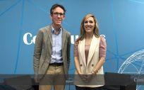 El doctor Juan Rey, director de Innovación Sanitaria del Rey Juan Carlos, y María Velasco, directora de publicaciones del Grupo Mediforum