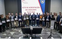 Foto de los representantes que han recogido la calificación de excelente (Foto. ConSalud)