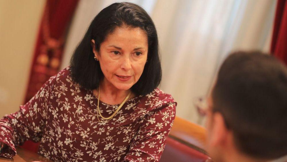 La senadora Esther Carmona, del PSOE, habla para ConSalud.es (Foto: Carlos Pina - PSOE)