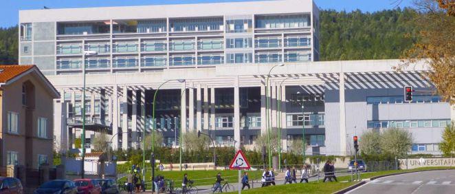 Hospital Universitario de Burgos (Foto. Wikipedia)