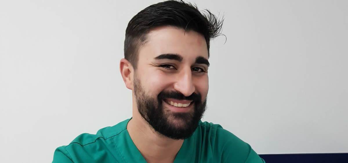 Víctor Lloro, odontólogo y cirujano bucal. (Foto. Clínica Dental Mallart)