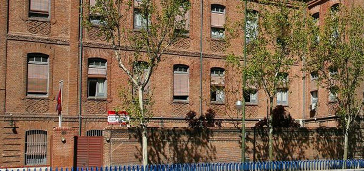 Fachada exterior de la Residencia de Personas Mayores La Paz en Madrid. (Foto. Comunidad de Madrid)