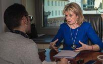 Elvira Velasco, portavoz de Sanidad del PP en el Congreso, atiende a ConSalud.es (Foto: Ragonar)
