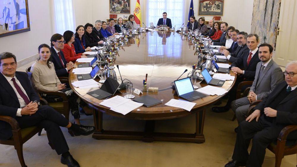 El Consejo de Ministros reunido, presidido por Pedro Sánchez (Foto: Pool Moncloa / Fernando Calvo)