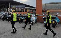 Efectivos de la UME, desplegándose en las inmediaciones de la Estación de Madrid Puerta de Atocha (Foto @UMEgob)