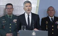 Fernando Grande Marlaska, ministro del Interior, junto a los máximos dirigentes de la Guarcia Civil y la Policía Nacional (Foto: Flickr PSOE)