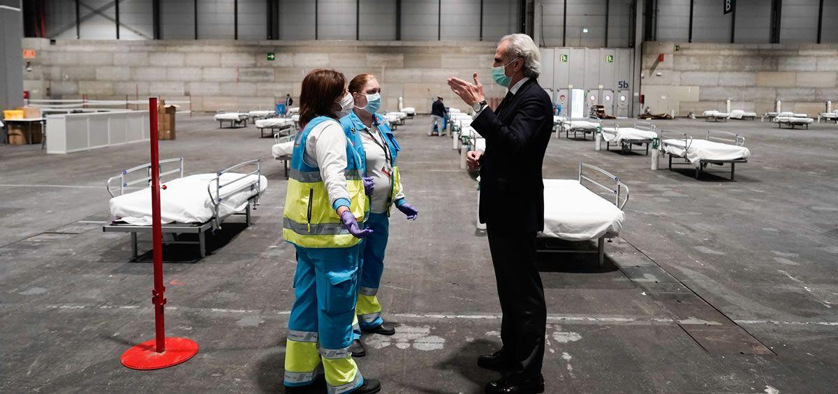 Enrique Ruiz Escudero, consejero de Sanidad de Madrid, visita Ifema reconvertido en hospital (Foto. Comunidad de Madrid)
