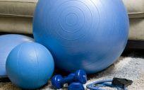 Equipamiento deportivo para practicar deporte en casa. (Foto. Pixabay)