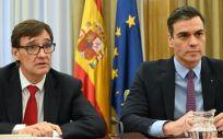 Salvador Illa, ministro de Sanidad, junto a Pedro Sánchez, presidente del Gobierno (Foto: La Moncloa)
