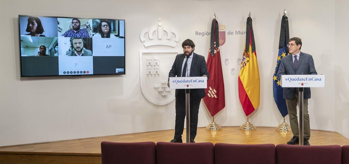Fernando López Miras y Manuel Villegas, durante una reunión telemática (Foto: Región de Murcia)