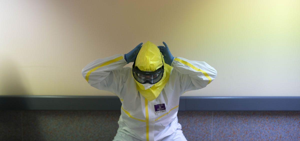 Sanitario protegido frente al coronavirus (Foto. Salud Madrid)