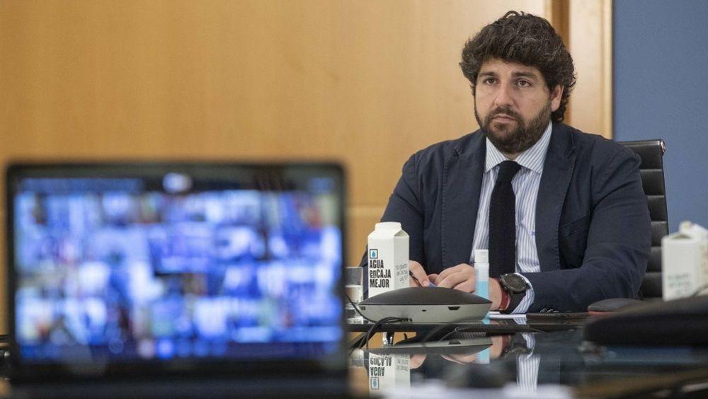 López Miras participa en la reunión por vía telemática de dirigentes autonómicos. (Foto. Región de Murcia)