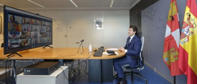 Alfonso Fernández Mañueco, durante la videoconferencia de presidentes. (Foto. Junta de Castilla y León)
