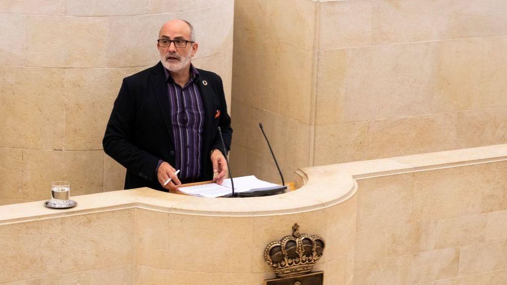 Miguel Rodríguez, consejero de Sanidad de Cantabria (Foto: Parlamento de Cantabria)