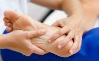 Las mujeres que padecen esta dolencia presentan más problemas en los pies (Foto. Freepik)