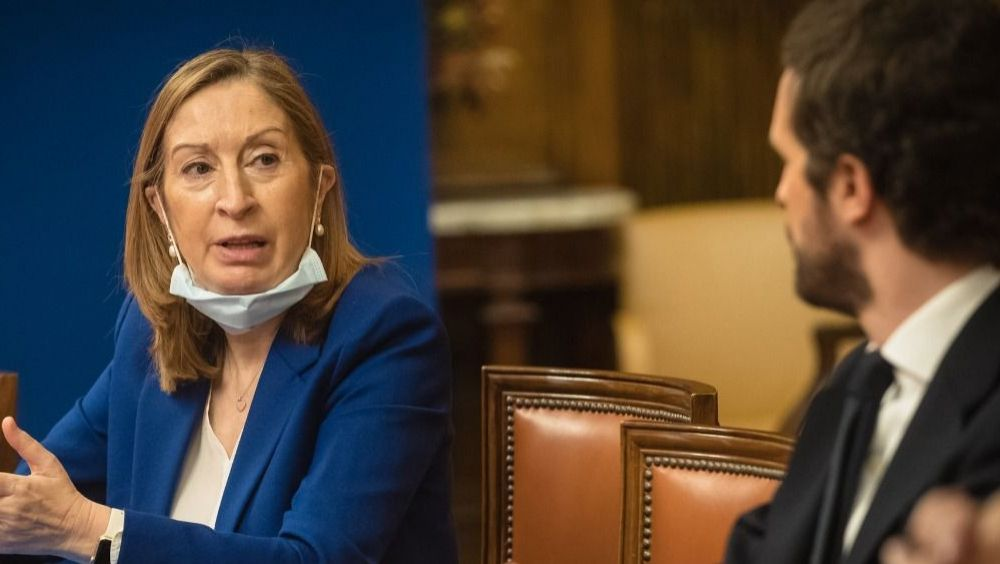 Ana Pastor, diputada del PP, junto a Pablo Casado (Foto: Flickr GPP)