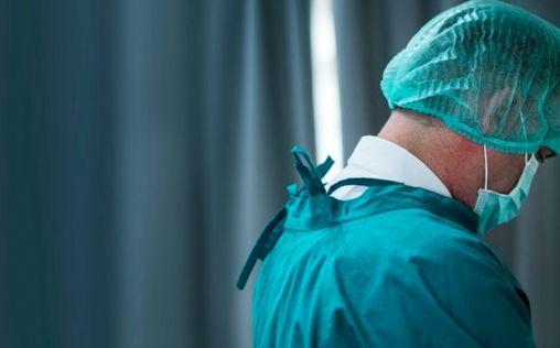 El coronavirus daña la salud mental de los sanitarios: un 80% sufre ansiedad y un 40% agotamiento