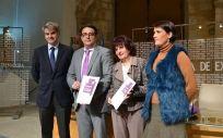 De izda. a dcha.: Ceciliano Franco, director gerente del SES; José María Vergeles, consejero de Sanidad; Pilar Guijarro, directora general de Salud Pública; y Elisa Barrientos, directora general del IMEX.