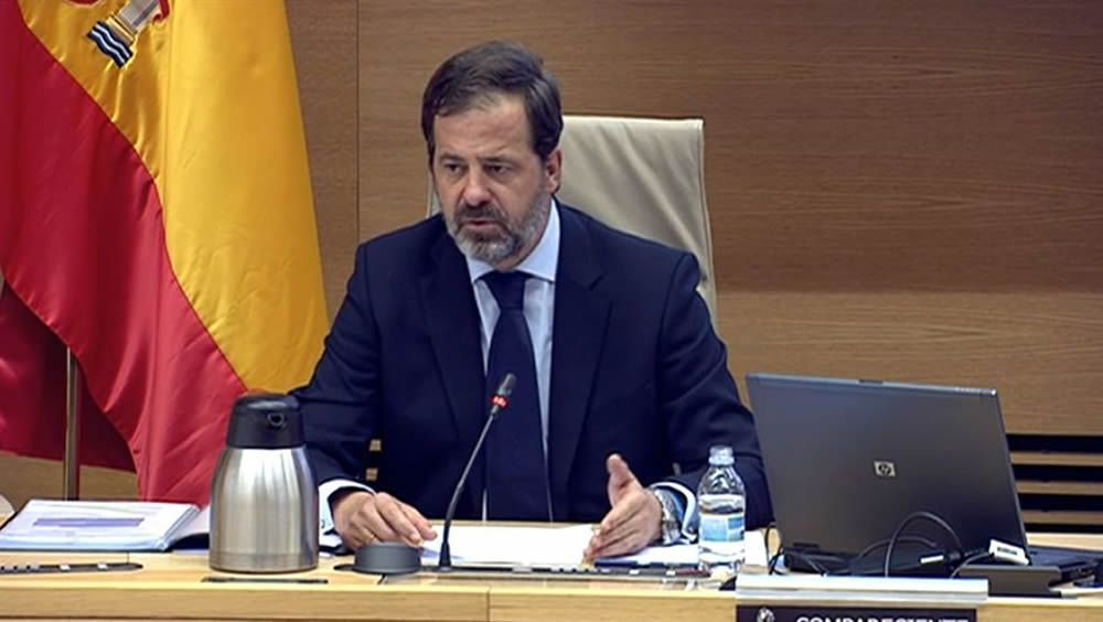 El presidente de ASPE, Carlos Rus, durante su intervención en el Congreso de los Diputados