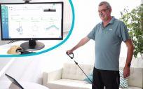 Paciente utilizando la plataforma de telerehabilitación ReHub (Foto. ReHub)