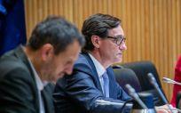 El ministro de Sanidad (c), Salvador Illa, en la Comisión de Sanidad del Congreso (Foto: Flickr PSOE)