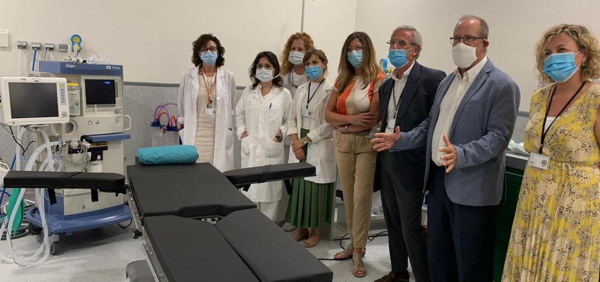 La consejera de Salud y Consumo de Islas Baleares, Patricia Gómez, en su visita al Hospital Mateu Orfila (Foto. Gobierno de Islas Baleares)
