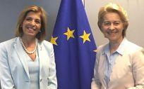 La comisaria de Salud y Seguridad Alimentaria, Stella Kyriakides (derecha) y la presidenta de la Comisión Europea. Ursula von der Leyen (Foto. @kyriakidestella)