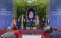 Firma del Pacto por la recuperación de Castilla y León (Foto: Junta de Castilla y León)