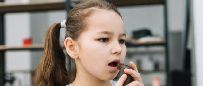 Niña con asma (Foto. Freepik)