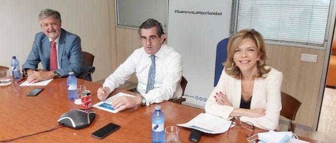 Ángel de Benito, Juan Abarca y Marta Villanueva (Foto: @idisalud)