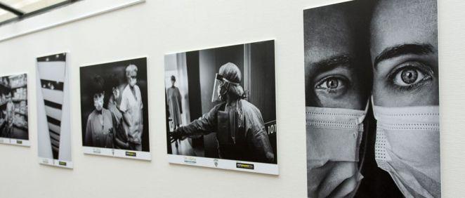Una exposición fotográfica refleja la pandemia de la Covid-19