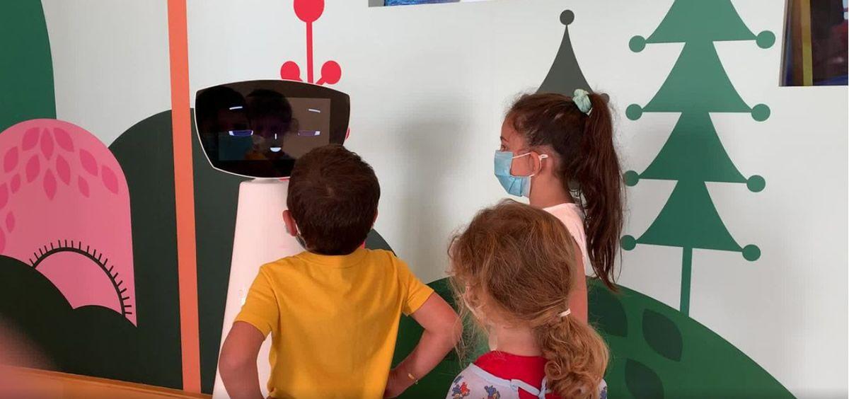 Robin, el robot de IA para apoyar las necesidades emocionales de los niños