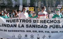 Manifestación de residentes de la formación sanitaria especializada. (Foto. @amytsmedicos)