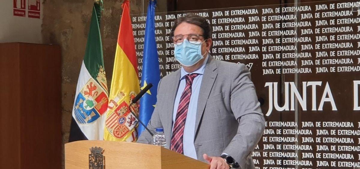 El vicepresidente segundo y consejero de Sanidad, José María Vergeles (Foto. Junta de Extremadura)