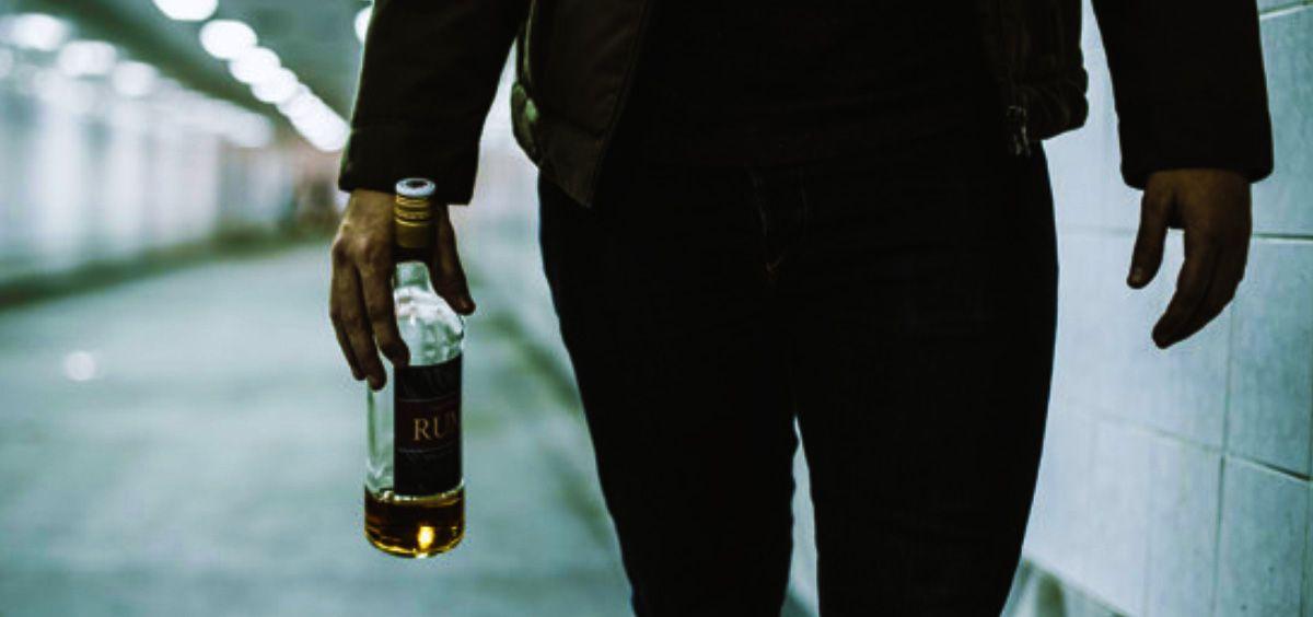 Un consumo de alcohol reducido se asocia a menor riesgo de mortalidad en enfermos cardiovasculares (Foto. Freepik)