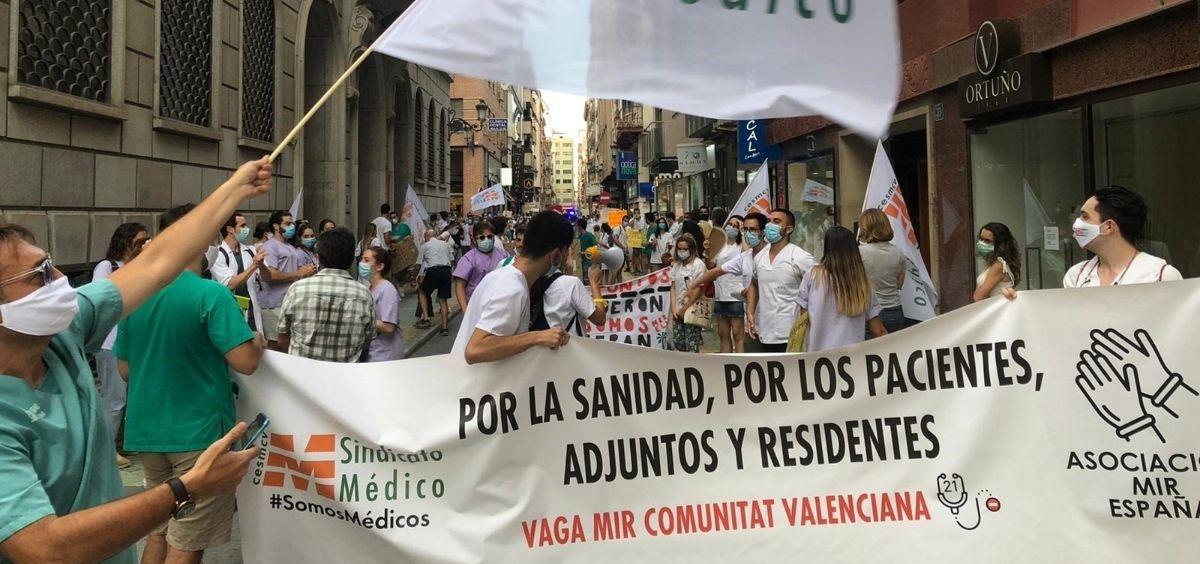 Protestas de los MIR valencianos. (Foto. CESM)