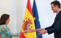 El presidente del Gobierno, Pedro Sánchez, y la ministra de Defensa, Margarita Robles, durante el acto de firma de la Directiva de Defensa Nacional 2020 (Foto: La Moncloa)