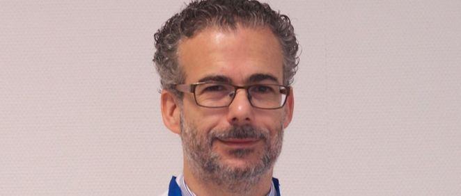 Dr. Alberto Fernández Villar, jefe de Neumologia del Hospital Álvaro Cunqueiro (Foto: Consejería de Sanidad)