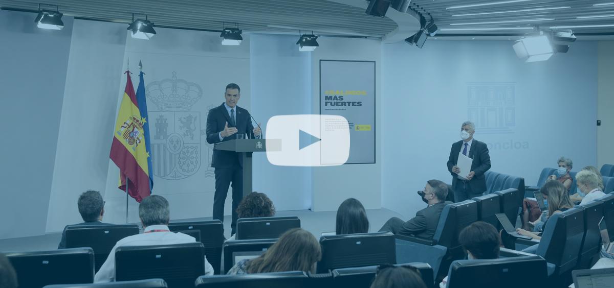 El presidente del Gobierno, Pedro Sánchez, atiende a los medios de comunicación en rueda de prensa (Foto: La Moncloa)