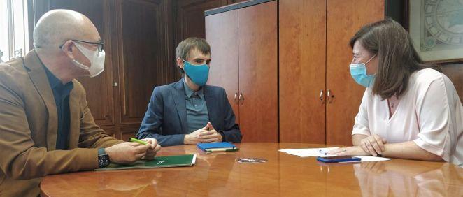Pello Latasa, reunido con la consejera de Salud, Sara Alba (Foto. Gobierno de La Rioja)