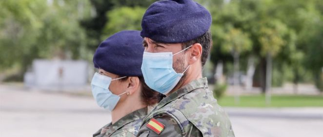 Dos rastreadores del Ejército (Foto. Ricardo Rubio   Europa Press)