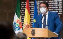 El vicepresidente segundo y consejero de Sanidad y Servicios Sociales, José María Vergeles (Foto. Junta de Extremadura)