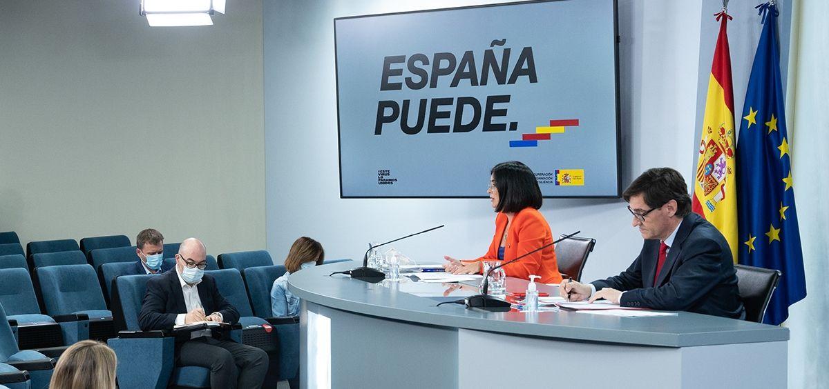 La ministra de Función Pública, Carolina Darias y el ministro de Sanidad, Salvador Illa.