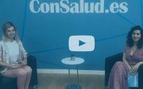 Eva Pérez Bech, presidenta de la FNETH, y Marta Gómez, subdirectora de publicaciones del Grupo Mediforum.