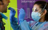 Realización de prueba PCR (Foto. Consejería de Salud y Consumo de Islas Baleares)