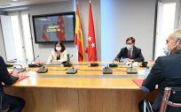 Primer encuentro celebrado del Grupo COVID 19. (Foto. Pool Moncloa / Borja Puig de la Bellacasa)