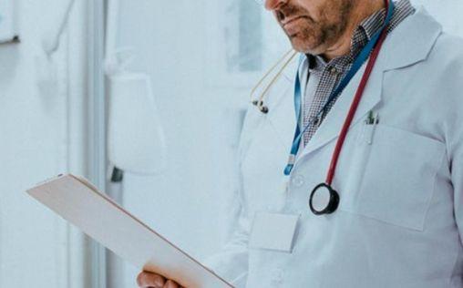 Jubilación anticipada y contratación de más MIR: ¿Claves para el futuro del sistema sanitario?