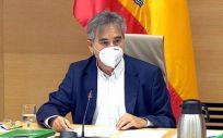 El presidente del Sindicato de Enfermería (Satse), Manuel Cascos, comparece ante la Comisión de Sanidad y Consumo del Congreso para defender la Ley de Seguridad del Paciente (Foto: Congreso de los Diputados)